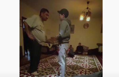 Актёр Аскат Сулайманов балдарды сабап салган видео тарады