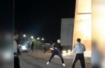 Видео. Ала-Тоо аянтында өспүрүмдөр арасында массалык мушташ орун алды