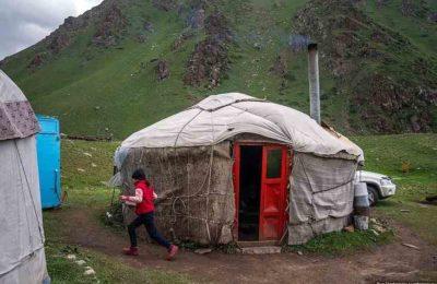 Варламов: «Кыргыздар Россияга кетип, өлкөнү Кытай акырындап сатып алууда»